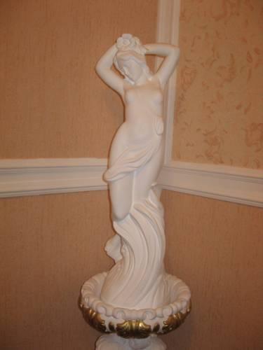 Статуи из гипса